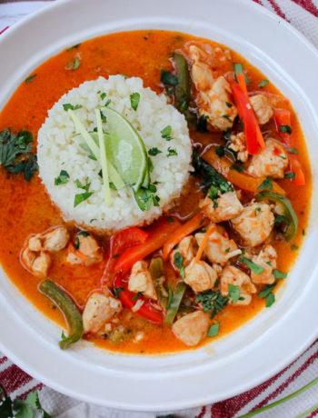 Spicy Coconut Chicken Curry with Cauliflower Rice