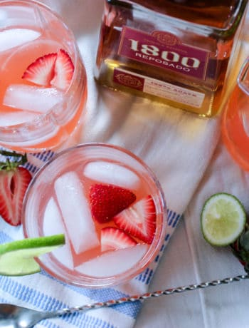 Low Carb Strawberry & Lime Margaritas