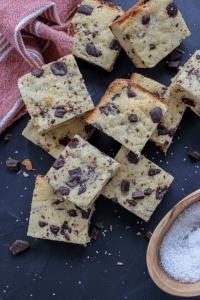 Easy Almond Flour Keto Blonde Brownies