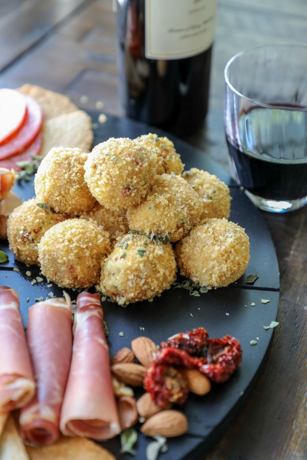Italian Style Keto Goat Cheese Balls