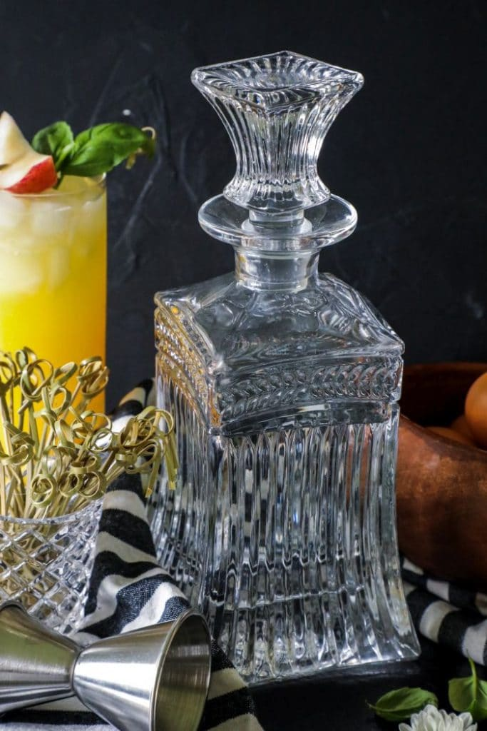 Low Carb Fuzzy Navel Cocktail