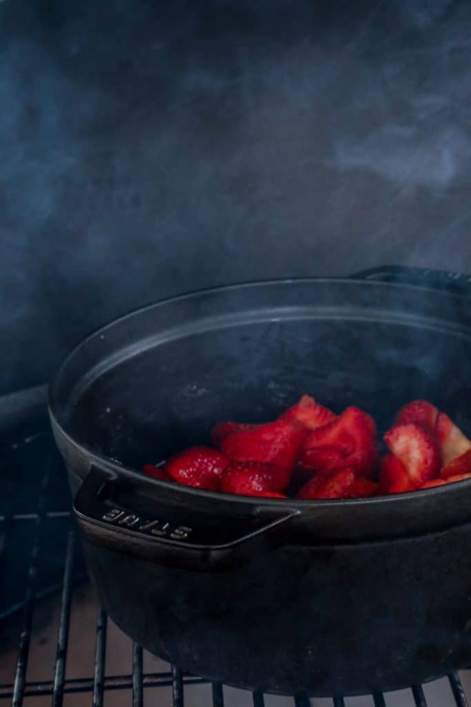 strawberries sauce smoked on the big green egg