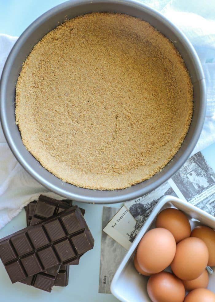 A keto graham cracker pie crust for keto French silk pie.