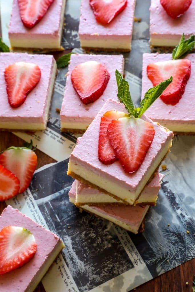 Easy Keto Strawberry Cheesecake Bars